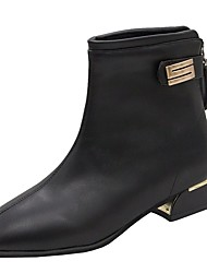 cheap -Women's Boots Low Heel Pointed Toe Rivet Patent Leather Booties / Ankle Boots Casual / Minimalism Spring &  Fall / Fall & Winter Black / Beige