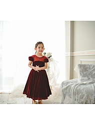 cheap -Ball Gown Tea Length Flower Girl Dress - Velvet Short Sleeve Jewel Neck with Pearls