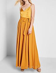cheap -A-Line Spaghetti Strap Floor Length Chiffon / Matte Satin Elegant Prom Dress with Pleats 2020