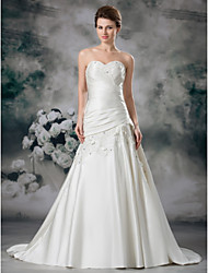 cheap -A-Line Wedding Dresses Sweetheart Neckline Court Train Lace Satin Strapless with Ruched Beading Appliques 2021