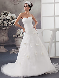 cheap -A-Line Wedding Dresses Sweetheart Neckline Chapel Train Lace Organza Strapless with Ruched Beading Appliques 2020
