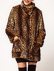Недорогие -Жен. Повседневные Наступила зима Обычная Пальто с мехом, Леопард Воротник-стойка Длинный рукав Искусственный мех Коричневый