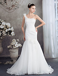 cheap -Mermaid / Trumpet Wedding Dresses One Shoulder Court Train Organza Spaghetti Strap with Ruched Appliques 2021