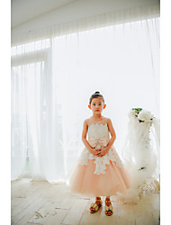 cheap -Ball Gown Tea Length Flower Girl Dress - Lace / Tulle Sleeveless Jewel Neck with Bows / Pearls
