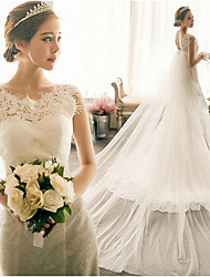 cheap -Mermaid / Trumpet Wedding Dresses Bateau Neck Court Train Lace Tulle Cap Sleeve Plus Size with Appliques 2020