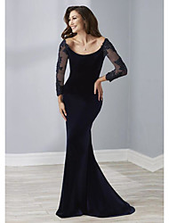 cheap -Sheath / Column Elegant Engagement Formal Evening Dress Scoop Neck 3/4 Length Sleeve Sweep / Brush Train Velvet with Beading 2020