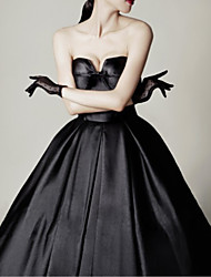 cheap -A-Line Sweetheart Neckline Sweep / Brush Train Satin Strapless Formal Black Wedding Dresses with Draping 2020
