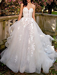 cheap -A-Line Wedding Dresses Sweetheart Neckline Sweep / Brush Train Tulle Strapless Boho Plus Size with Lace Insert 2020