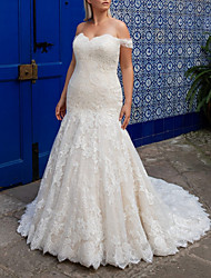 cheap -Mermaid / Trumpet Wedding Dresses Off Shoulder Sweep / Brush Train Lace Short Sleeve Plus Size with 2020