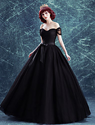 cheap -Ball Gown Wedding Dresses Off Shoulder Floor Length Satin Tulle Short Sleeve Black with Sashes / Ribbons Bow(s) Ruched 2020