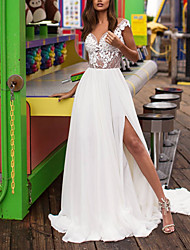 cheap -A-Line V Neck Sweep / Brush Train Lace / Satin Cap Sleeve Boho Plus Size Wedding Dresses with Beading / Split Front 2020