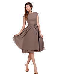 cheap -A-Line Jewel Neck Knee Length Chiffon Short Sleeve Sweet Mother of the Bride Dress with Buttons 2020