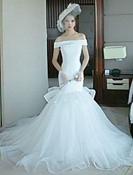 cheap -Mermaid / Trumpet Wedding Dresses Off Shoulder Court Train Tulle Polyester Short Sleeve Plus Size with 2020