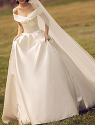 cheap -A-Line V Neck Court Train Chiffon Regular Straps Formal Plus Size Wedding Dresses with Draping 2020