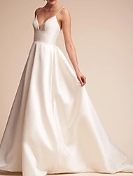 cheap -A-Line V Neck Sweep / Brush Train Satin Spaghetti Strap Formal / Vintage Plus Size Wedding Dresses with Draping 2020
