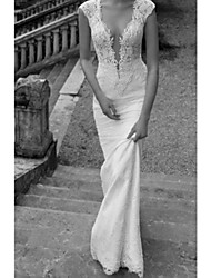 cheap -Sheath / Column V Neck Sweep / Brush Train Lace / Tulle Regular Straps Formal Plus Size Wedding Dresses with Lace Insert / Appliques 2020
