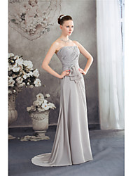 cheap -A-Line Strapless Sweep / Brush Train Chiffon Elegant / Grey Formal Evening / Wedding Guest Dress with Beading / Ruched 2020