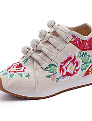 cheap -Women's Sneakers Flat Heel Pointed Toe Satin Flower / Buckle Canvas Vintage / Chinoiserie Spring &  Fall / Fall & Winter Black / Red / Blue