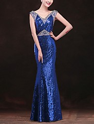cheap -Mermaid / Trumpet Sparkle Blue Engagement Formal Evening Dress V Neck Sleeveless Floor Length Polyester with Crystals Sequin 2020