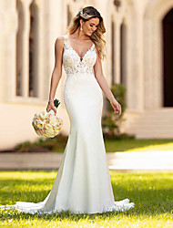 cheap -Mermaid / Trumpet Wedding Dresses V Neck Court Train Lace Spaghetti Strap Casual Vintage with 2021