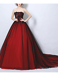 cheap -Ball Gown Wedding Dresses Strapless Court Train Tulle Strapless Romantic Plus Size Red with Lace Insert 2020
