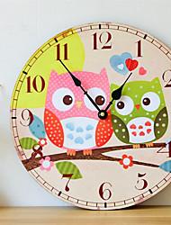 Недорогие -Мать и ребенок сова электронное движение бескаркасных настенные часы украшения дома стены