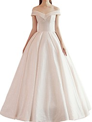 cheap -Ball Gown Off Shoulder Floor Length Satin Short Sleeve Beach / Vintage Wedding Dresses with Cascading Ruffles 2020
