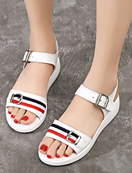 cheap -Women's Sandals Wedge Sandals Flat Sandals White Sandals Spring & Summer Wedge Heel Peep Toe British Daily Outdoor Leather White / Black
