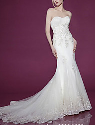 cheap -Mermaid / Trumpet Strapless Court Train Lace Sleeveless Formal Wedding Dresses with Appliques 2020