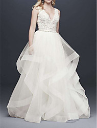cheap -A-Line Wedding Dresses V Neck Floor Length Tulle Sleeveless Casual Plus Size with Cascading Ruffles 2021