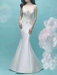 cheap -Mermaid / Trumpet V Neck Court Train Lace / Satin Sleeveless Casual Plus Size Wedding Dresses with Appliques 2020