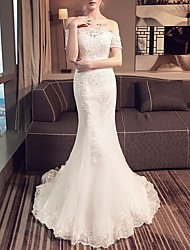 cheap -Mermaid / Trumpet Off Shoulder Sweep / Brush Train Lace Short Sleeve Beach Wedding Dresses with Lace Insert / Embroidery 2020