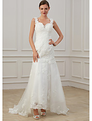 cheap -Sheath / Column Wedding Dresses V Neck Floor Length Lace Tulle Sleeveless Formal Illusion Detail Plus Size with Draping Appliques 2020