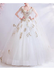 cheap -Ball Gown V Neck Court Train Chiffon / Tulle Cap Sleeve Formal Illusion Detail / Plus Size Wedding Dresses with Draping / Lace Insert / Appliques 2020