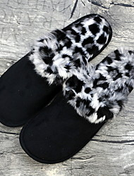 cheap -Men's Faux Fur Fall & Winter Casual Slippers & Flip-Flops Breathable Leopard Black / Gray