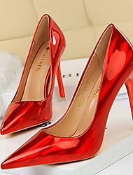 Недорогие -Жен. Обувь на каблуках На шпильке Заостренный носок Полиуретан Весна лето Черный / Светло-коричневый / Золотой