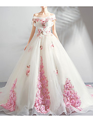 cheap -Ball Gown Wedding Dresses Off Shoulder Court Train Chiffon Tulle Sleeveless Formal Wedding Dress in Color Plus Size with Draping Lace Insert Appliques 2020