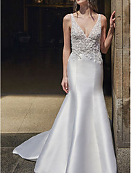 cheap -Mermaid / Trumpet V Neck Sweep / Brush Train Lace / Satin Regular Straps Formal Plus Size Wedding Dresses with Draping 2020