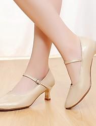 cheap -Women's Modern Shoes Heel Cuban Heel PU White / Almond / Performance