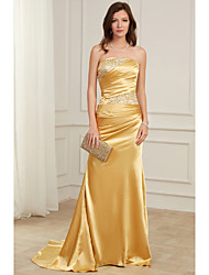 cheap -Sheath / Column Strapless Floor Length Satin Elegant / Gold Formal Evening / Party Wear Dress with Crystals 2020