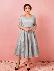 cheap -A-Line Plus Size Grey Homecoming Cocktail Party Dress V Neck 3/4 Length Sleeve Tea Length Lace Satin with Bow(s) 2020