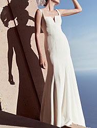 cheap -Sheath / Column Wedding Dresses V Wire Floor Length Satin Sleeveless Country Beach Plus Size with Draping 2021