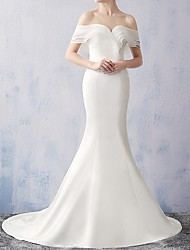 cheap -Mermaid / Trumpet Off Shoulder Sweep / Brush Train Chiffon Short Sleeve Beach Wedding Dresses with Ruched 2020
