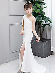 cheap -Mermaid / Trumpet Court Train Wedding / Party / Pageant Flower Girl Dresses - Spun Rayon Sleeveless One Shoulder with Solid