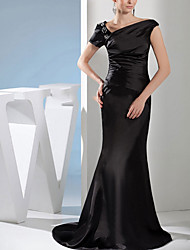 cheap -Mermaid / Trumpet Off Shoulder Sweep / Brush Train Satin Short Sleeve Formal Black Wedding Dresses with Beading 2020
