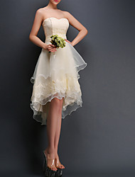 cheap -A-Line Sexy White Graduation Cocktail Party Dress Strapless Sleeveless Asymmetrical Polyester with Tier Appliques 2020