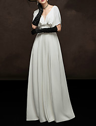 cheap -A-Line V Neck Floor Length Satin Elegant / White Engagement / Formal Evening Dress with Pleats 2020