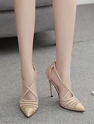 Недорогие -Жен. Обувь на каблуках На шпильке Заостренный носок Полиуретан Лето Черный / Золотой