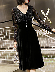 cheap -A-Line V Neck Knee Length Velvet Glittering / Black Cocktail Party / Homecoming Dress with Buttons 2020