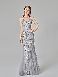 cheap -Mermaid / Trumpet Sparkle Grey Party Wear Formal Evening Dress V Neck Sleeveless Floor Length Tulle Sequined with Sequin Appliques 2020